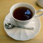 すたじおーね - Aランチの食後の紅茶