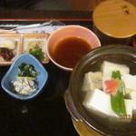泉仙 - 豆腐と天ぷら膳
