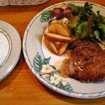 レストラン リバーサイド - 豚肉ステーキ
