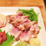 鶏家 たちばな - 比内地鶏のお造り盛り合わせ:手羽元の湯引き '13 11月下旬