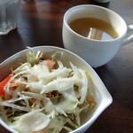 SCENA - 日替わりパスタランチのサラダとスープ