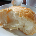SCENA - 日替わりパスタランチのパン断面
