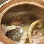道頓堀 治兵衛 - 【2013年12月】松茸の土瓶蒸し