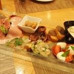 トラットリア・アルモ - 前菜盛り合わせ(2013年12月)