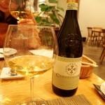 トラットリア・アルモ - ご主人に選んでもらった白ワイン(2013年12月)