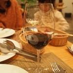 トラットリア・アルモ - ご主人チョイスの赤ワイン(2013年12月)