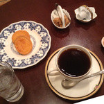 コフィア - コーヒー(ビター)とクッキーとコーヒービーンズチョコ