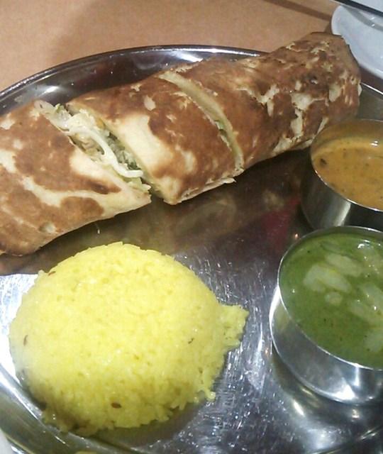 インド・ネパール料理レストラン&バー マリカ - Cセットのナンアップグレード版