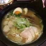 麺屋壱の介 - 濃厚鶏白湯らーめん(¥780-)
