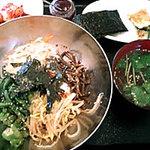 こさり - ピビンバ定食(スープ、チヂミ、キムチ、海苔付)♪