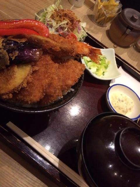 タレカツ 吉祥寺店 - 野菜合盛り丼