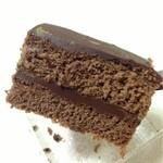お菓子の店 オカヤス パルティール - こちらのほうがショコラを感じます