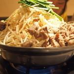 膳 - すじ肉鍋