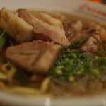 新加坡蝦麺 - ポークリブ
