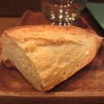 モンプチコションローズ - 自家製パン