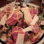ABC 肉とワインのおいしい店 - 和牛ローストビーフサラダ