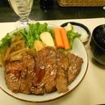 23135122 - 松坂牛ステーキ丼