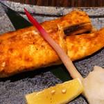 魚&炭焼 だん - 鮭ハラス焼き(2013年12月撮影)