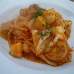 パスティッチェリア・アマレーナ - ☆パスタは帆立と小柱のトマトソースのスパゲティーニ(^v^)☆