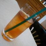 パスティッチェリア・アマレーナ - ☆食後のドリンクは冷んやり紅茶ですぅ☆