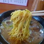 駅前 海栄らーめん - 麺はオリジナル