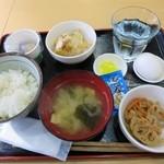 キッチンメル - ワイの朝ごはん¥400(セルフだよ)