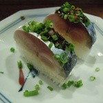福来魚 - 鯖で棒寿司