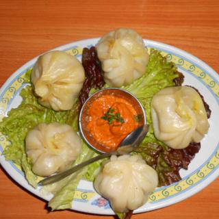 インド料理 マナカマナ - ネパール風蒸し餃子「モモ」