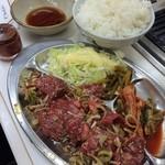 東 - <2013/12>大盛ハラミロースランチ(800円)