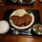 Yasukuniya - ポークステーキ定食(1210円)