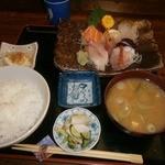 23153237 - 刺身定食(1365円)