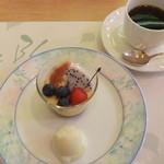 レストラン ル・ブラン - 2013/7/24 シェフ特製手作りデザート、コーヒー