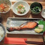 リゾム - 自家製鮭の味噌漬け定食