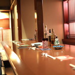 Bar 一葉 - カウンター席