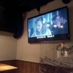 バーガーステーション 新宿店 - 映画やってました