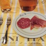 イタリア料理屋 タント ドマーニ - 生ビールはピッチャーで