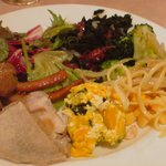 2317124 - サラダ中心の皿