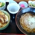 23172754 - あなご天丼&ミニそばセット(880円+大盛り200円)