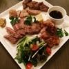 アピチェドゥエ - 料理写真:本日のオススメ、牛、豚、鶏の炭火焼き盛り合わせ(1480円)