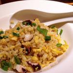 CHINA BISTRO imose - 蛸とキノコのピリ辛炒飯(ハーフ)