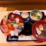割烹 福源 - ランチ(海鮮丼) \1620  →¥1,500(税込)に値上がり