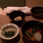 Roppongi SuZuNa - おつまみ。お煮しめが最高☆