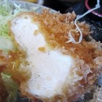 大山 - チキンカツは脂身が少なくてとっても食べやすい鶏肉です。