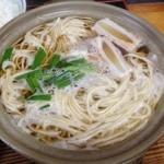 23182212 - 鍋焼きラーメン(600円)