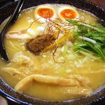 鶏翔 - 濃厚鶏そば(醤油)味玉のせ