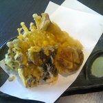 蕎麦しるべ 酔蕎庵 ちどり丸 - 5種きのこ天ぷら
