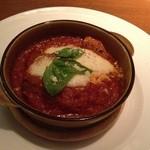 DBL CAFE DINER - メインは1人一皿、トマト煮込みハンバーグ