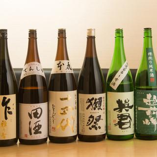 こだわりの日本酒を取り揃えてます。常時30種以上有り