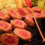 カツ・ステーキ専門店 さわや - 牛かつアップ(レア揚げ)