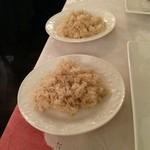 桜 - 玄米ご飯をよく噛んでいただきます